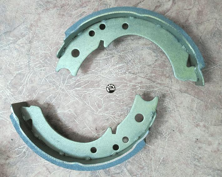 FAW (ФАВ) 1031 (V=2.54L) Колодка тормозная стояночного тормоза
