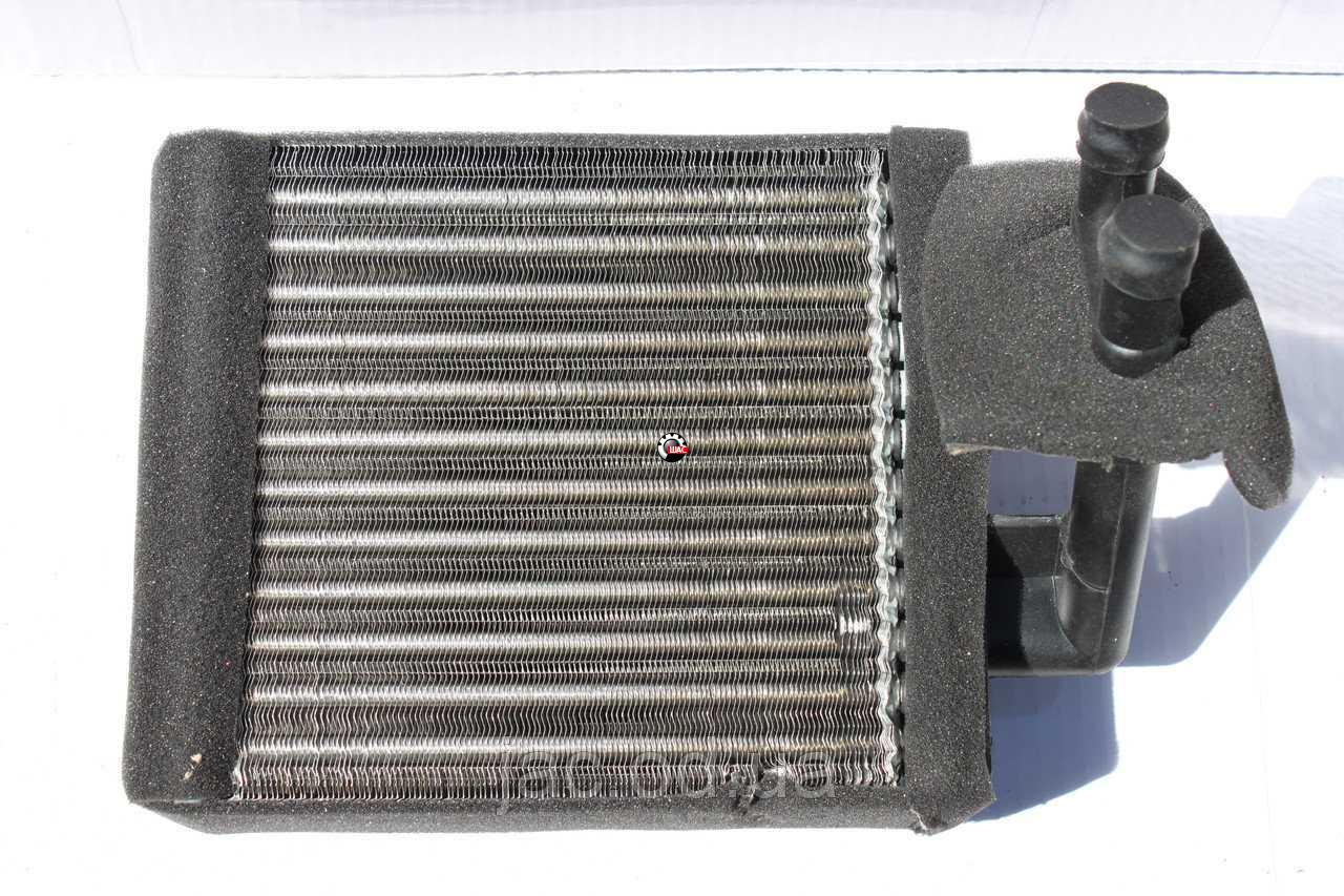 JAC 1020K Джак (V=2.54L) Радиатор отопителя