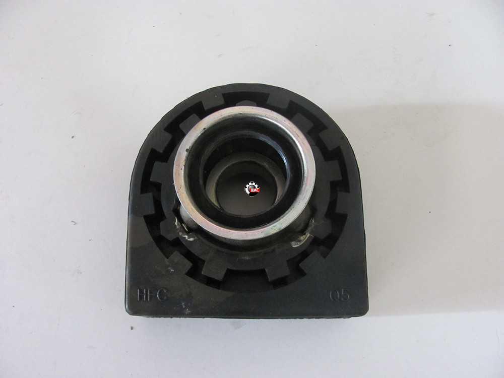 JAC 1045K Джак (V=2.8L) Опора подвесная вала карданного со скобой