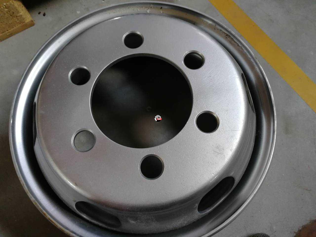 Dong-Feng DF40 (Донг Фенг) Диск колесный бескамерка 17.5-6.00