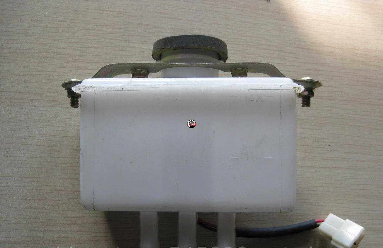 FAW (ФАВ) 1031 (V=2.54L) Бачок тормозной жидкости