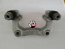 MG 5 Скоба заднего суппорта правая (с направляющими) 10030912