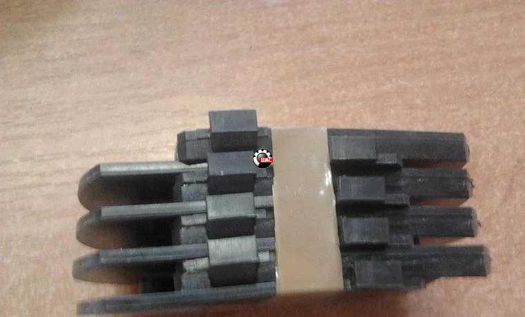 Dadi (Дади) Пластины противоскрипные рессорные