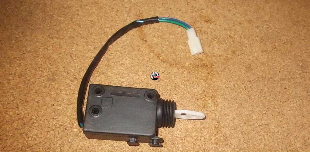 SMA (СМА) C51, C52, C81, R80 Электропривод замка передней правой двери