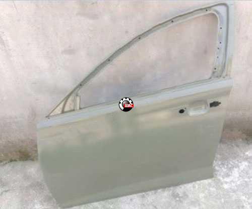 MG 550 Дверь передняя левая 10123836