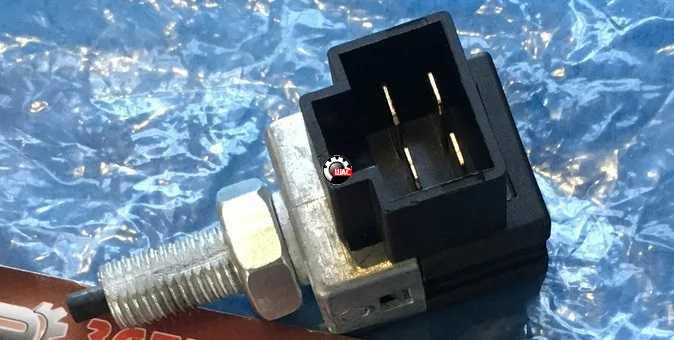 JAC J2 (Джак Ж2) Выключатель сигнала торможения
