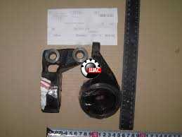 MG 6 Сайлентблок переднего рычага задний правый 30000151
