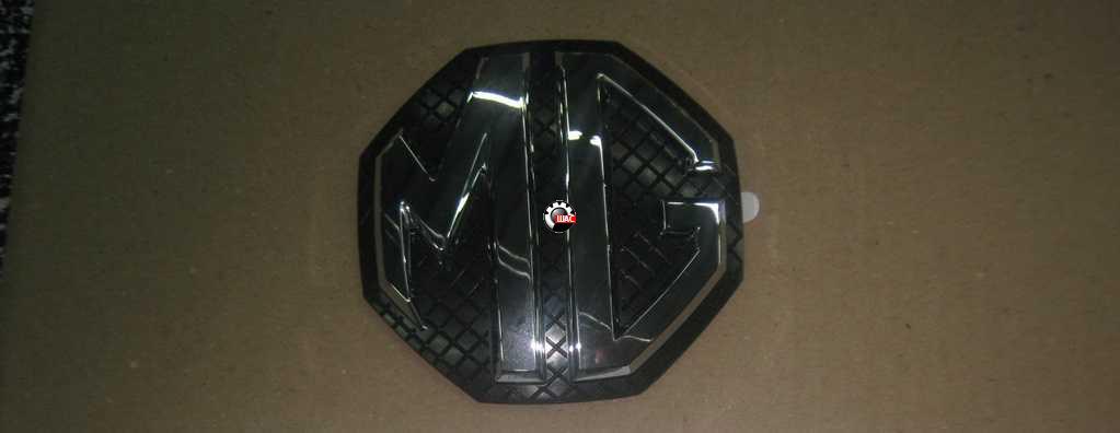 MG 6 Эмблема передняя 10037396