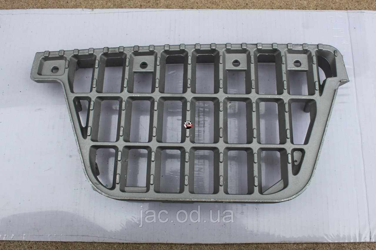 JAC 1045K Джак (V=2.8L) Подножка кабины левая, правая