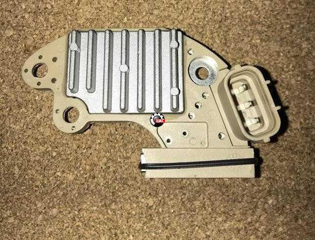 FAW V5, V2, B50 Реле-регулятор генератора V2 1106010346